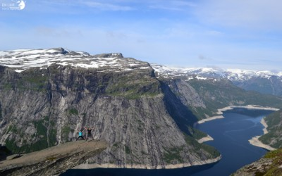 Walk on the language of the Trolltungua troll