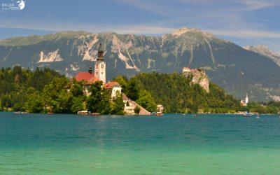 S'émerveiller du paysage de carte postale de Bled