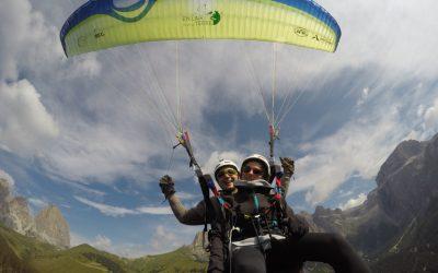 Une journée de vol en parapente à Passo Sella